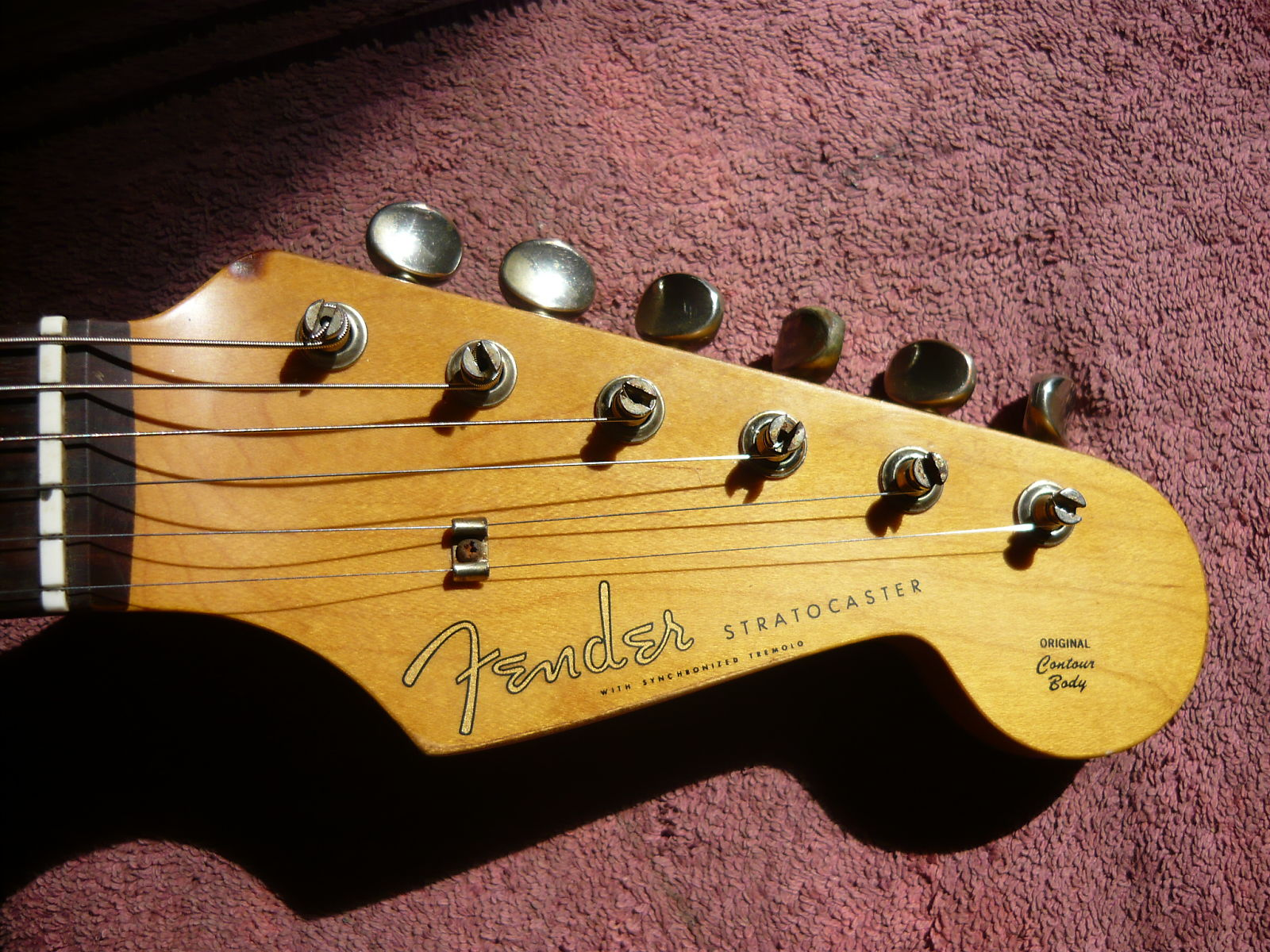 fake fender headstock